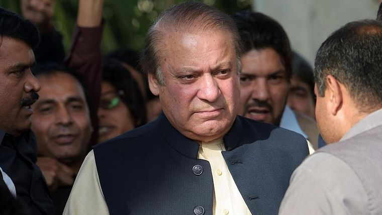 Nawaz Sharif won't be shifted to another health facility till condition stabilizes