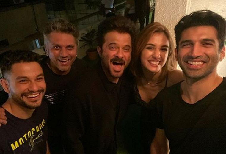 It's a wrap for Anil Kapoor, Disha Patani, Aditya Roy Kapur starrer 'Malang'