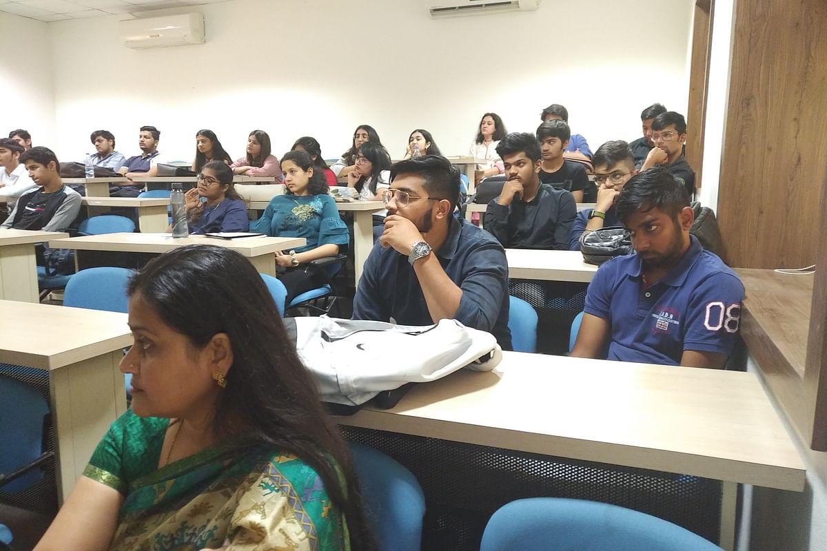 Indore: Workshop on boosting salesthrough hypnotism, NLP
