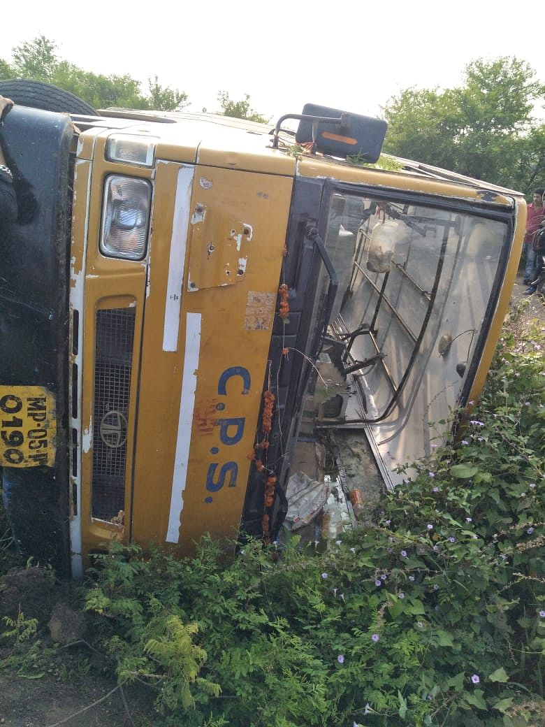 Bhopal: 22 Campion students hurt as bus overturns