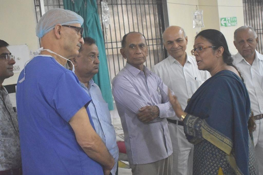 Bhopal: Pallavi visits Free Urology Camp