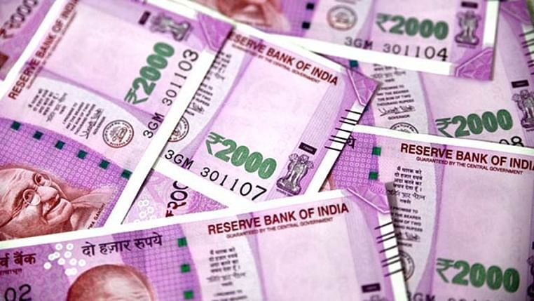 On the third anniversary of demonetisation, former economic affairs secretary S C Garg said Rs 2,000 note, were being hoarded and should be demonetised.