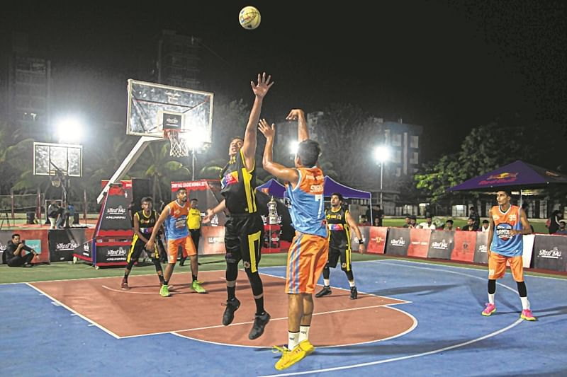 Basketball: Street Ball League begins at Podar