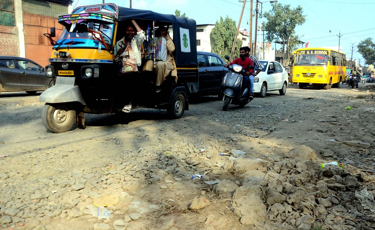 Bhopal: PWD to take up BMC road repair : Minister