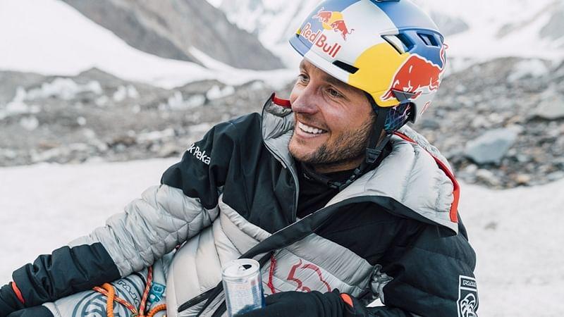 Polish daredevil abandons his attempt to ski down Mount Everest