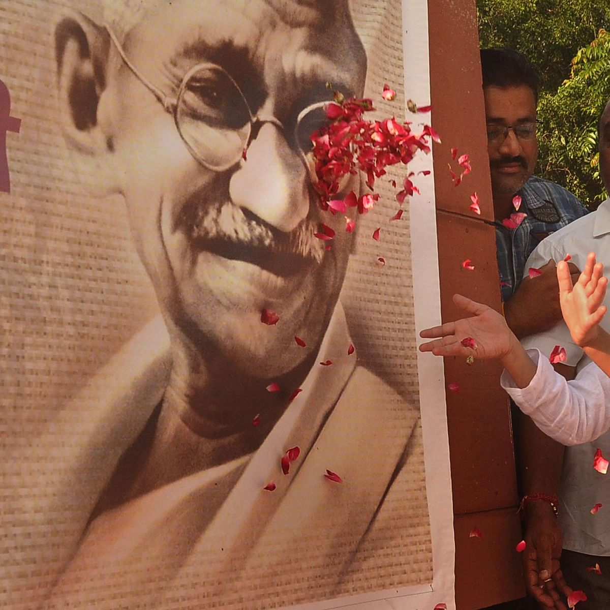 Mohandas Karamchand Gandhi humanised caste concept