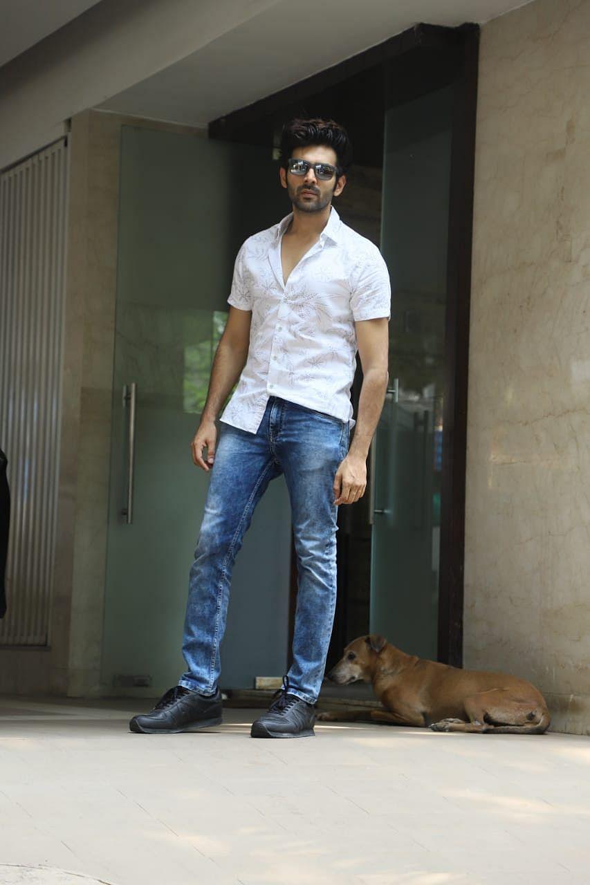 Kartik Aaryan outside his gym