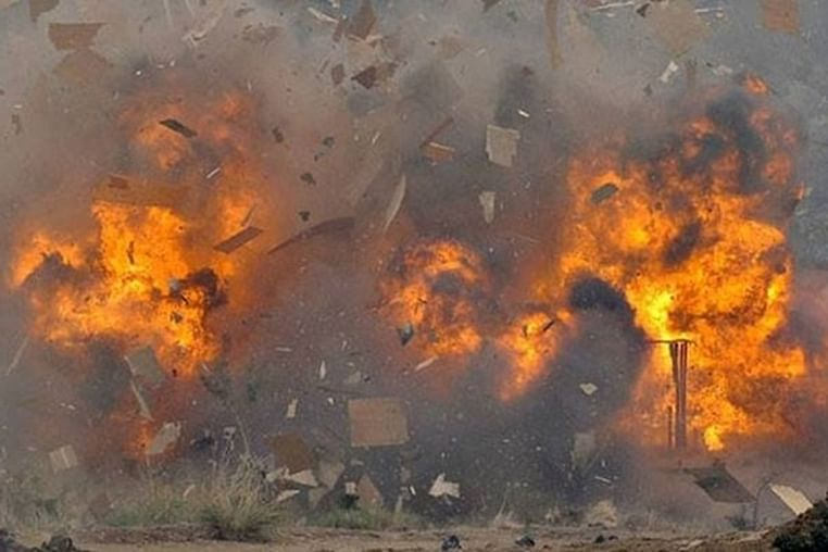 2 dead, 1 injured after two LPG cylinders explode in Delhi