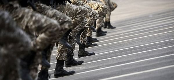 Saudi rules women can join armed forces
