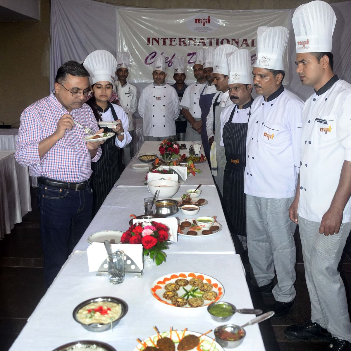 Bhopal: International Chef Day; Jabalpur bags first position in cooking competition