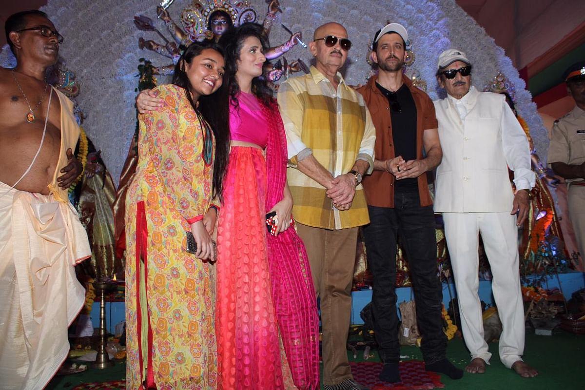 Hrithik, Rakesh Roshan celebrate Maha Navami at Durga Puja pandal in Juhu