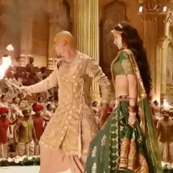 Video: When Kriti Sanon nearly set her hair and clothes on fire during 'Housefull 4'