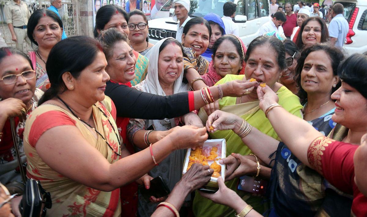 Bhopal: Congress in high spirits, BJP nervous