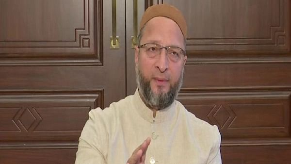 Asaduddin Owaisi targets Mohan Bhagwat for his 'don't use lynching' comment