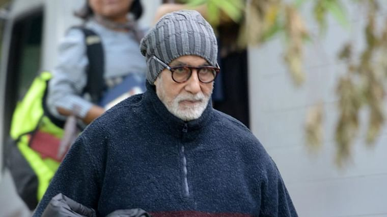 Amitabh Bachchan tests COVID-19 negative, to go home at 4:30 PM: Family Source