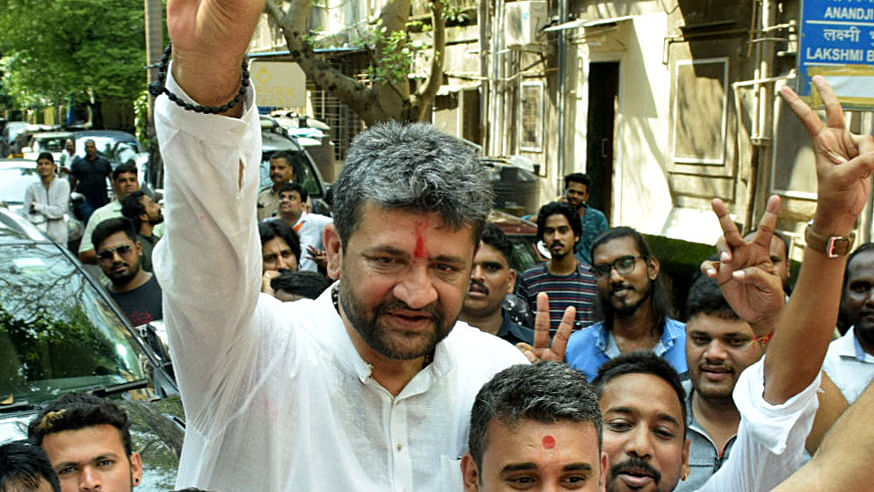 Ex-minister's supporters attack BJP candidate's car in Mumbai