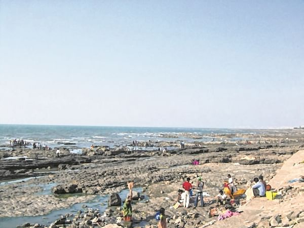 Mumbia: Couple drown at Bandstand