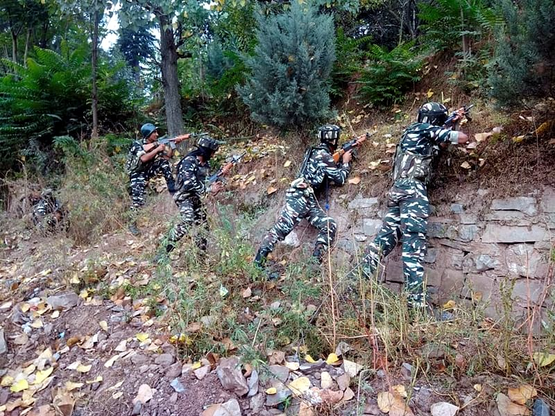 Pakistan violates ceasefire in Jammu and Kashmir's Poonch, Indian Army retaliates