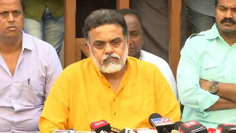 'Why was Nikamma absent?' Sanjay Nirupam hits out at Milind Deora, but defends skipping Rahul Gandhi rally
