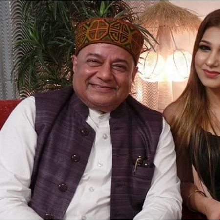 Former Bigg Boss contestants Anup Jalota, Jasleen Matharu to star in a film