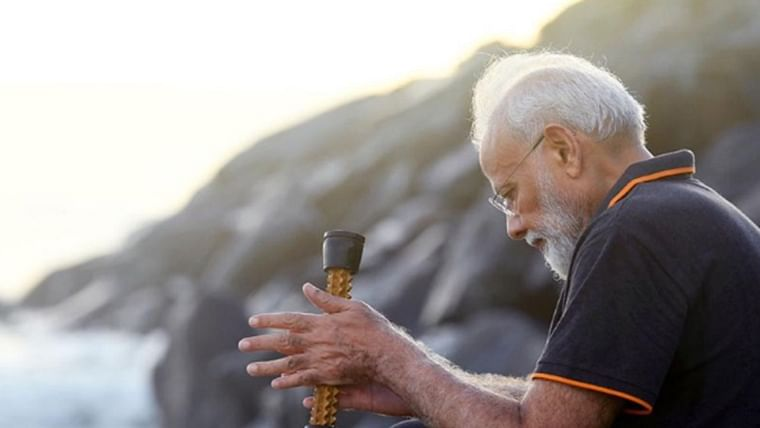 It's an acupressure roller: PM Modi ends curiosity over object in hand while plogging at Mamallapuram beach