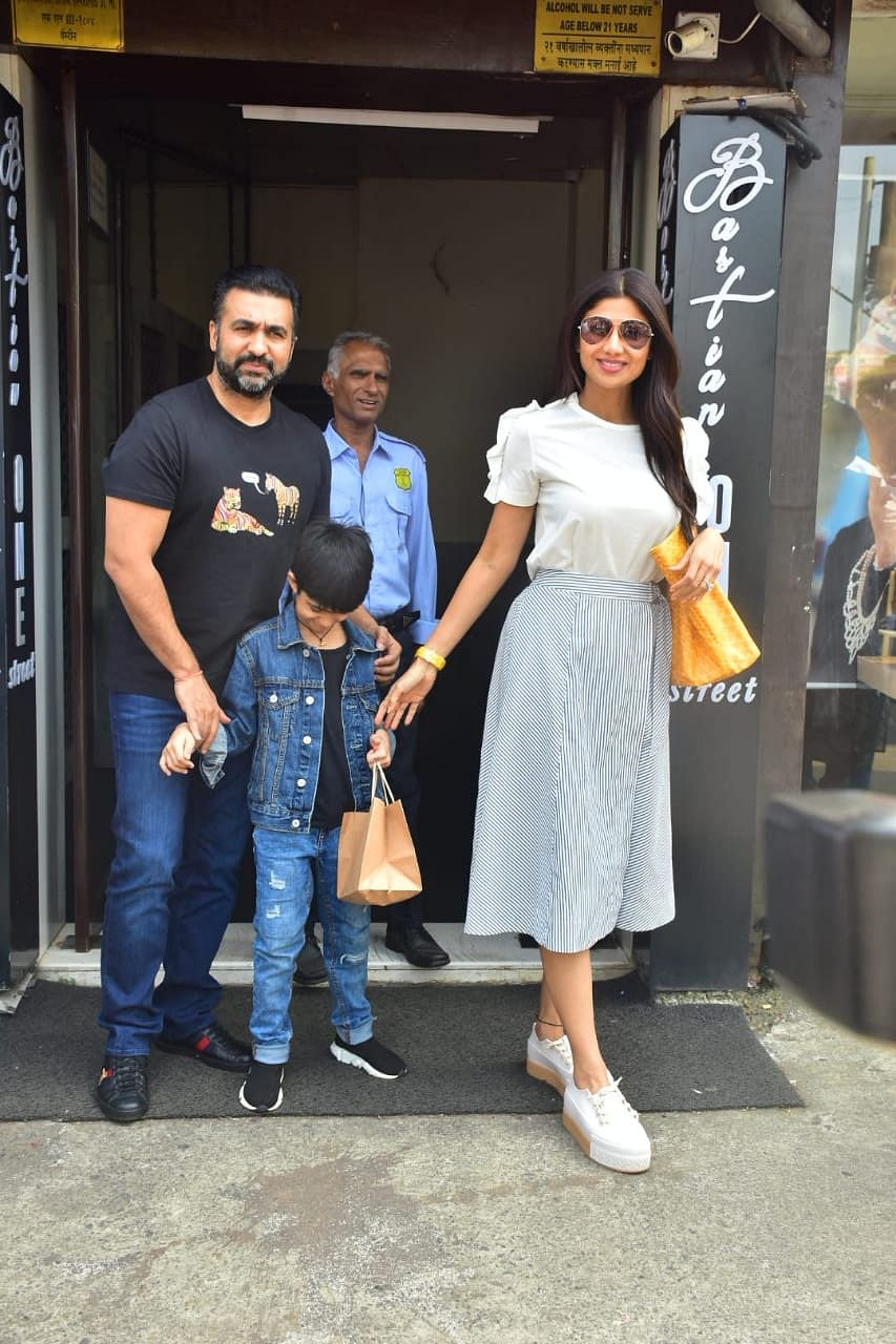 Shilpa Shetty with family at Bastian in Bandra