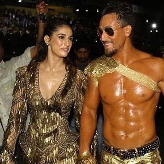 ISL 2019: Disha Patani, Tiger Shroff notch up the heat at opening ceremony