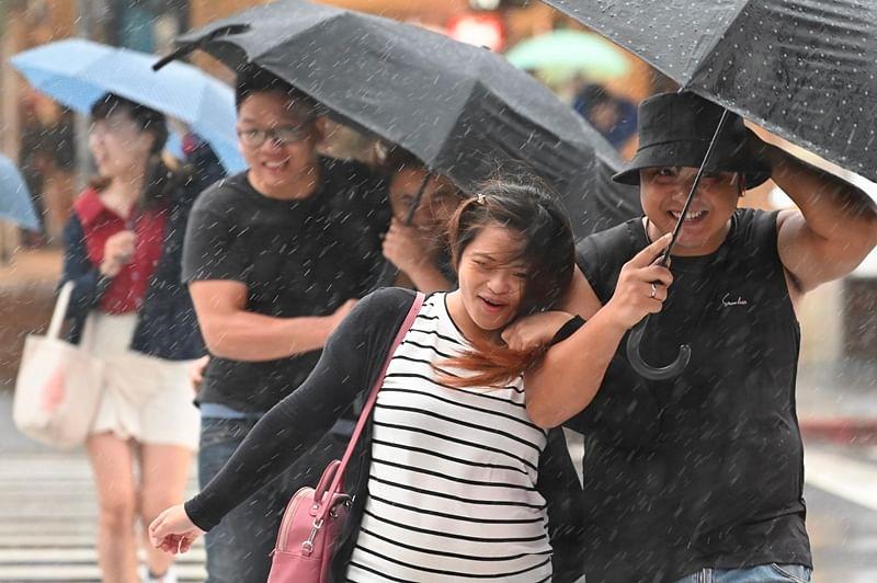 Typhoon to make landfall in Taiwan