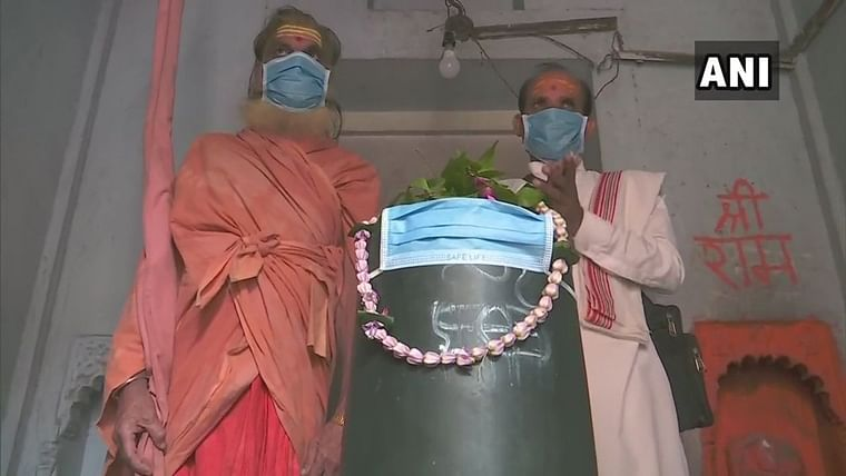 Varanasi: Pollution so bad even Bholenath needs a mask
