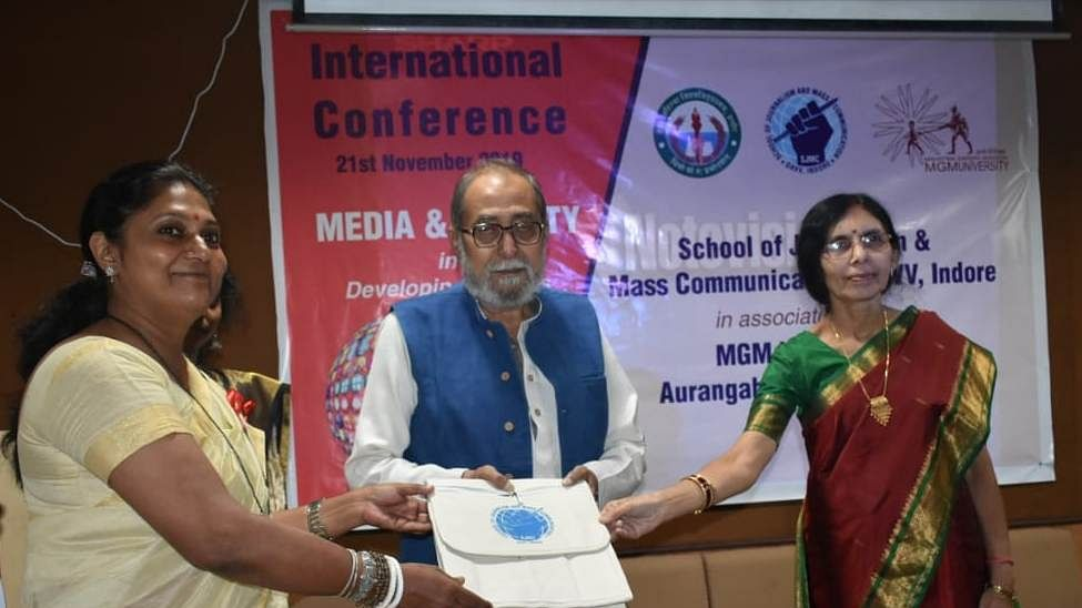 Indore: Experts share challenges before media