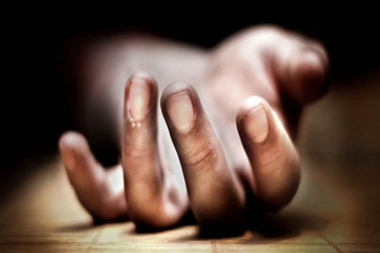 Madhya Pradesh: Man helps wife end herself life, kills children before attempting suicide