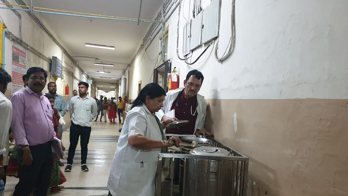 Indore: No senior doc found on duty, dean to serve show cause notice