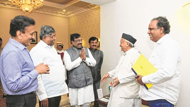 BJP netas meet governor Bhagat Singh Koshyari