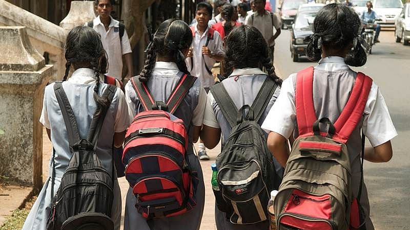 Unnao DM suspends teachers of govt school for not being able to read English