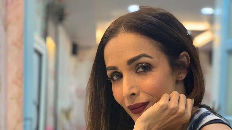 Malaika Arora or Ranu Mondal? Fans troll actress for her make-up