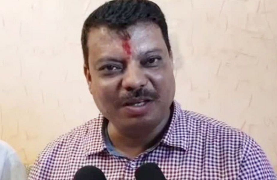 Bhopal: After bitterness, Minister Singhar and ACS hold meet together