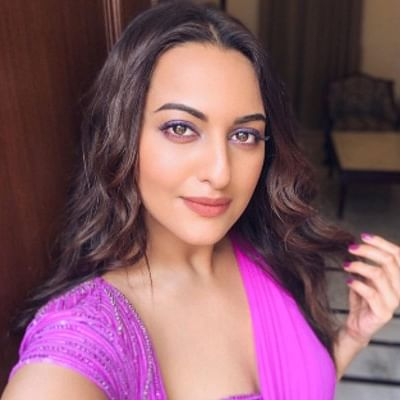 Inside pics: Sonakshi Sinha blooms like a flower in this royal purple saree