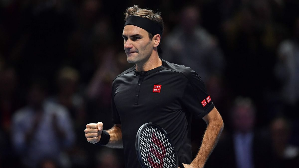 ATP Finals: Roger Federer beats Novak Djokovic to reach semifinals