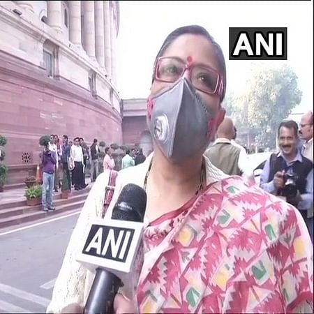TMC's Kakoli speaks on pollution wearing mask, demands 'Swachh Hawa Mission' in Lok Sabha