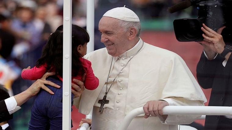 Pope Francis slams nuclear deterrent, 'unspeakable horror' of Nagasaki