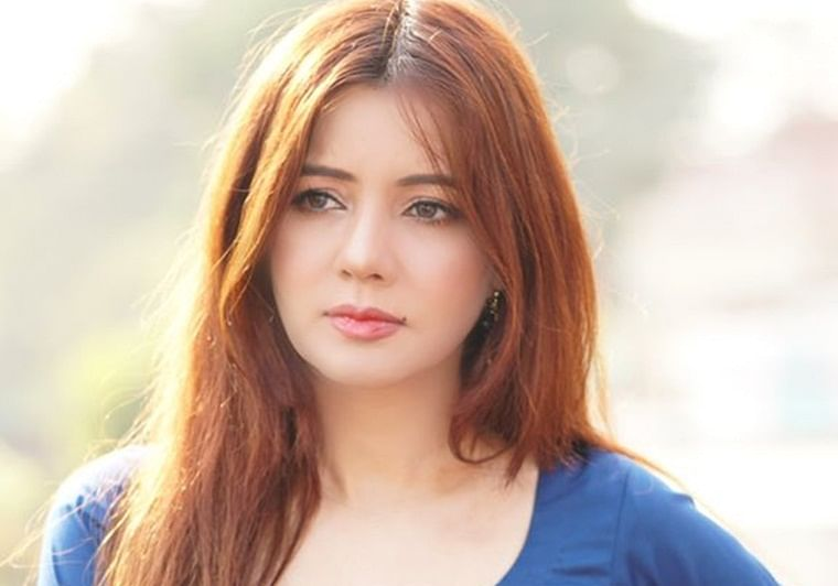 May Allah forgive my sins: Pak pop singer Rabi Pirzada quits showbiz after row over leaked pictures