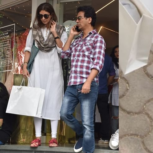 Are those firecrackers on Shweta Bachchan Nanda's chappals?