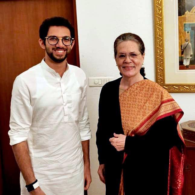 Aaditya Thackeray meets Sonia Gandhi, invites her for Uddhav's swearing
