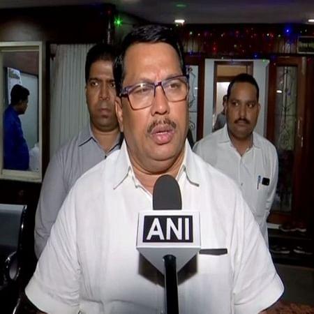 'Congress MLAs don't want BJP CM in Maharashtra'