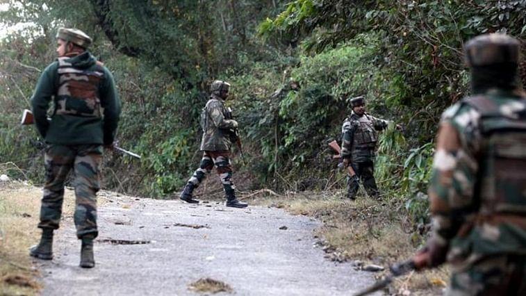 Chhattisgarh: Naxals kill police constable after abducting him in Bijapur district