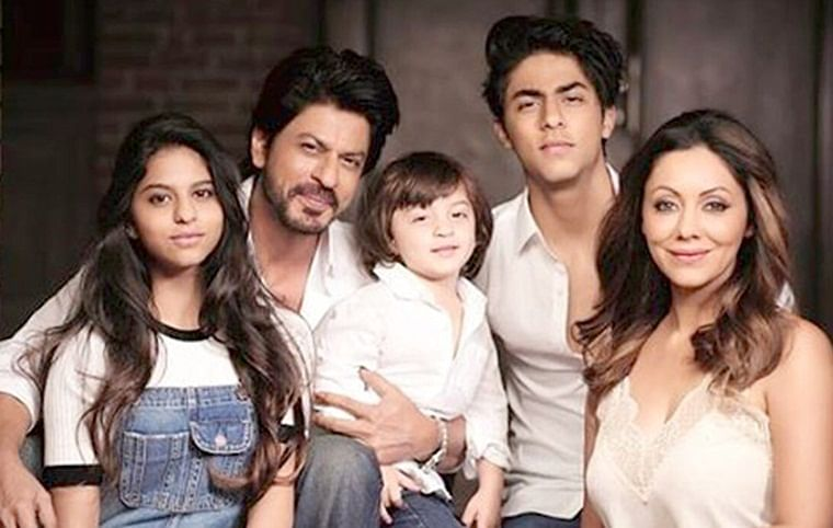 Shah Rukh and Gauri move aside: Aryan, Suhana, AbRam are hogging the limelight in this family photo