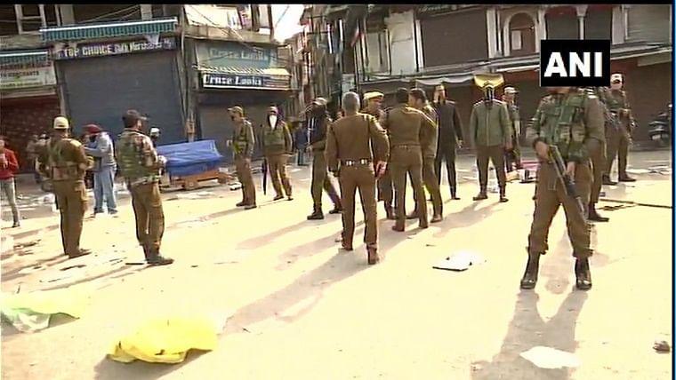 1 killed, several injured in grenade attack in Srinagar
