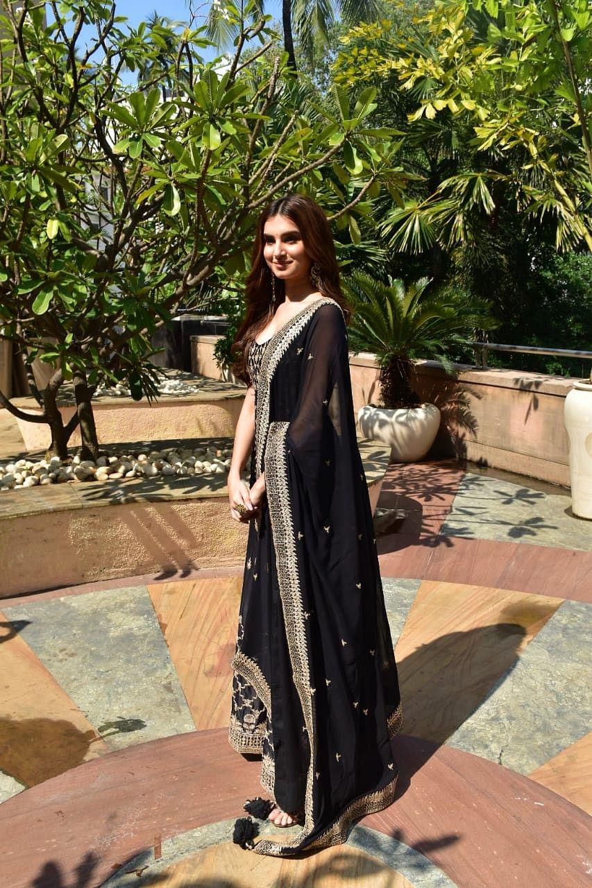 Tara Sutaria flaunts a royal black Sabyasachi lehenga at 'Marjaavaan' promotions