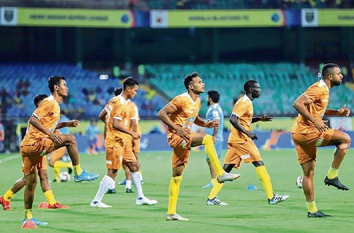 Indian Super League: Hosts look to start afresh