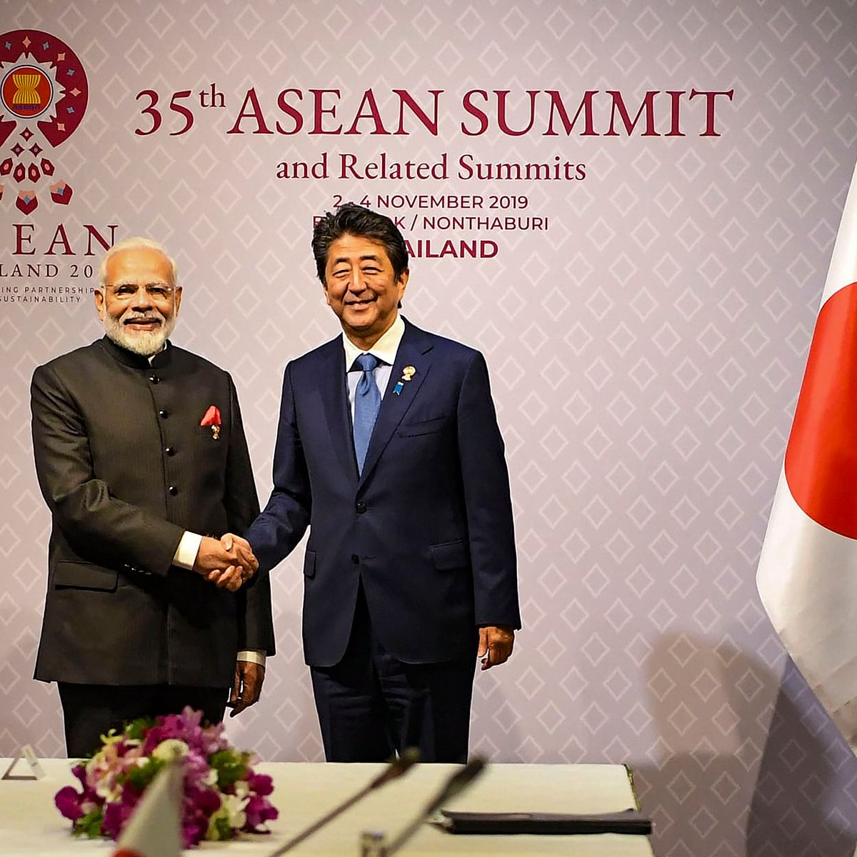 PM Modi, Shinzo Abe meet in Bangkok
